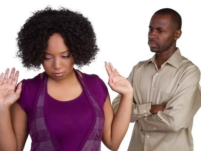Jamaa ajipata taabani baada ya kwenda kumshtaki mkewe kwa pasta, kwamba hamtoshelezi kitandani