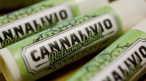 Labiales a base de Marihuana