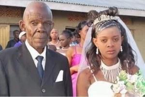 Mzee wa miaka 70 afanya HARUSI na msichana wa miaka 18 (picha)