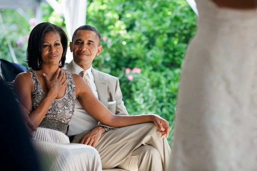 Should Kenyan leaders emulate Obama and Michelle in public display of love?
