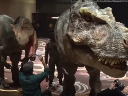 Japanese Tech Wizards Are Building Incredible Robotic Dinosaur Theme Park