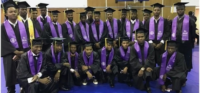 Black excellence! 23 students graduate from college BEFORE graduating from high school (photo)