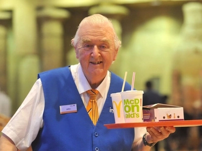 This Food Court Grandad Is Definitely the Cutest Grandad in the UK
