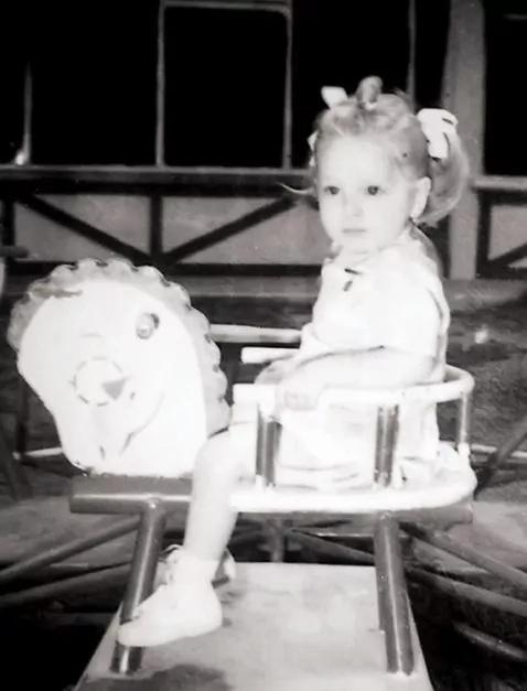 5 fotos de la infancia de Edith González