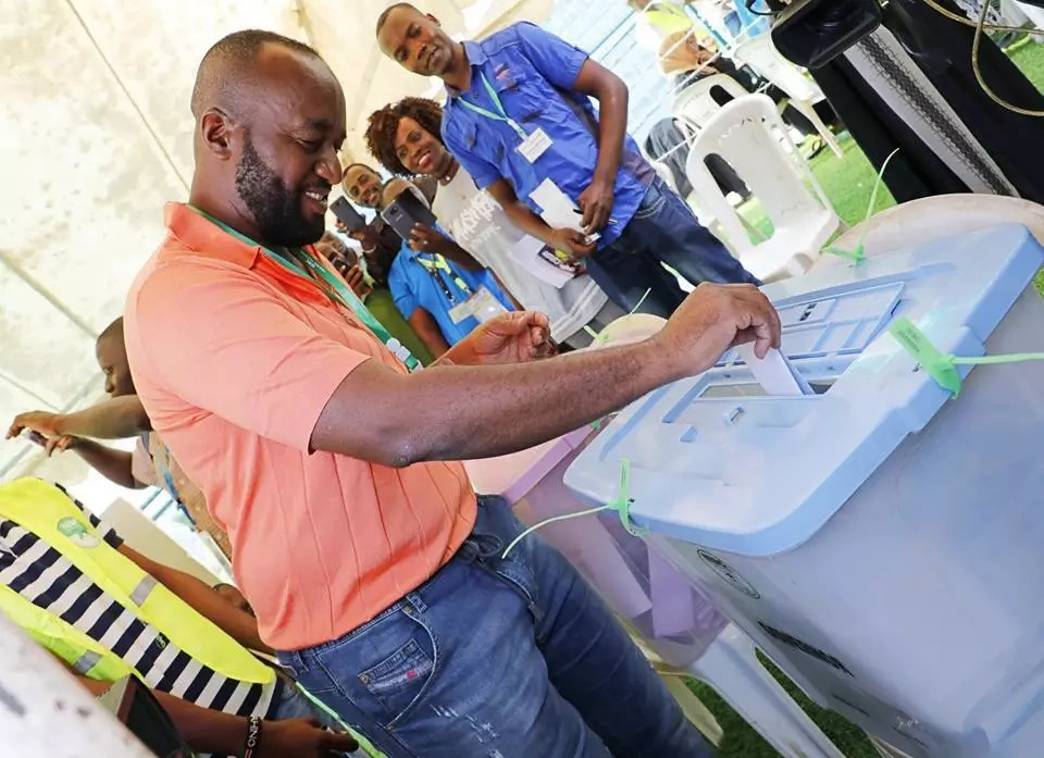 Joho wins governor seat but dismisses IEBC results