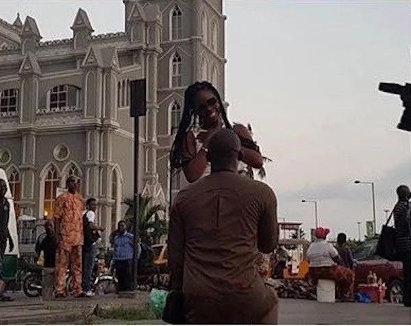 Ojay proposes to Tammy. Photo: yabaleftonline.ng