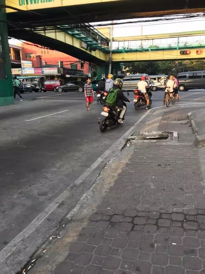 Attention! This Young Rider Hit a Pedestrian and Just Took Off!