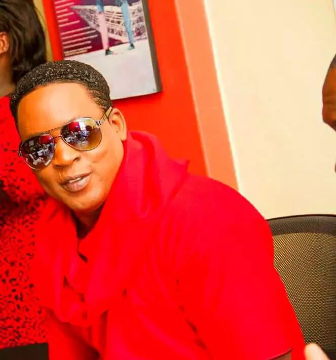 Renown Kenyan male celebrity, Edu shows up for an event wearing make-up