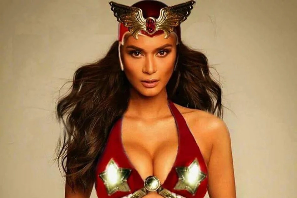 Could she be the next Darna? Pia meets with ABS-CBN executives