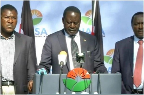 One of the Supreme Court judges was invited to State House by Uhuru-claims Raila