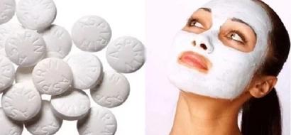 Mezcla miel con aspirinas y pon eso en tu piel por 10 minutos: Después de 3 horas mira a ti misma y el milagro en el espejo