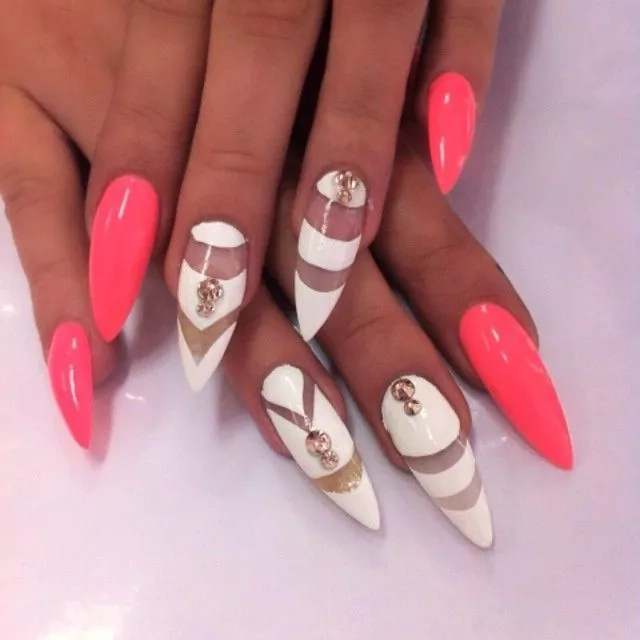 10 Classic French Manicure styles Kenyan ladies can rock