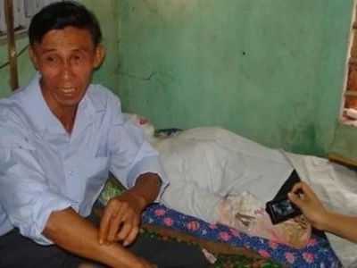 Vietnamese man could not sleep after his wife died so he dug her up and lies with her corpse every night