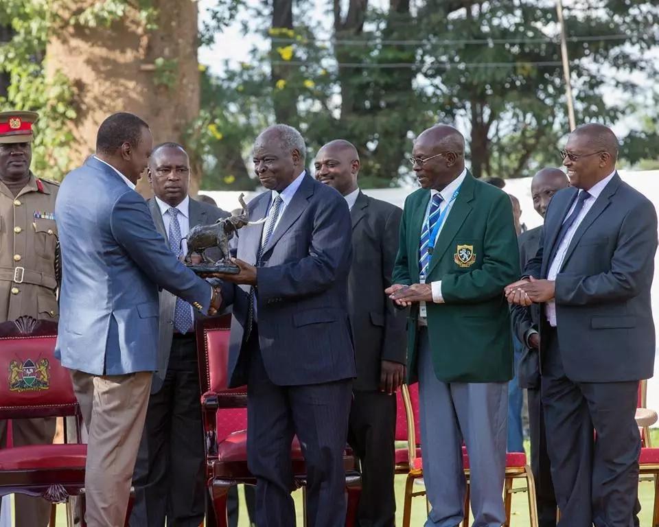 Rais Mstaafu Mwai Kibaki azungumzia kuhusu afya yake