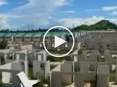 Grabe na sa tagal! Housing units for Yolanda victims still unfinished after 3 years