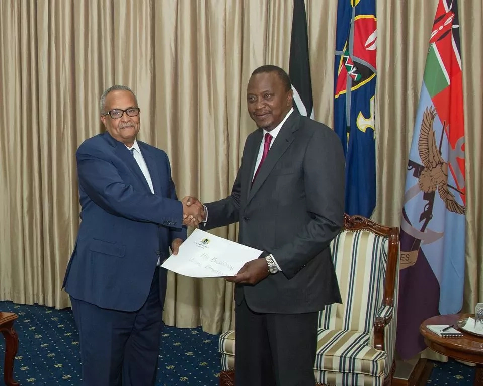 Uhuru heads to Somalia, this time for a different reason