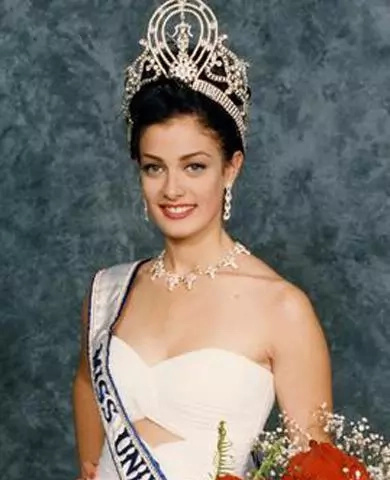 Dayanara Torres really misses the Philippines!