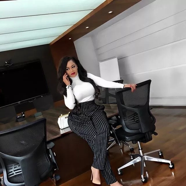 Size 8 Vs Vera Sidika, who bleached better than the other in these photos?