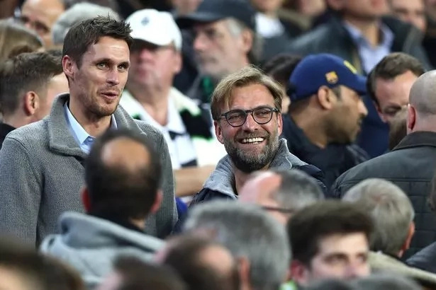 Liverpool manager converts his players to football fans