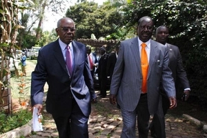 Raila advises Uhuru after the killing of 12 people in Mandera