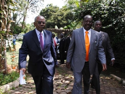 Raila advises Uhuru after the killing of 12 people in Mandera