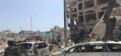 Wabunge waondolewa baada ya al-Shabaab kuvamia hoteli na kuua watu kadha (video)