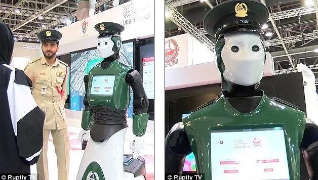 This Robocop will fight crime in the streets of Dubai (photos, video)
