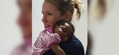 TOUCHING: After you read this story of a policewoman and black baby you would never pass by a hungry child!