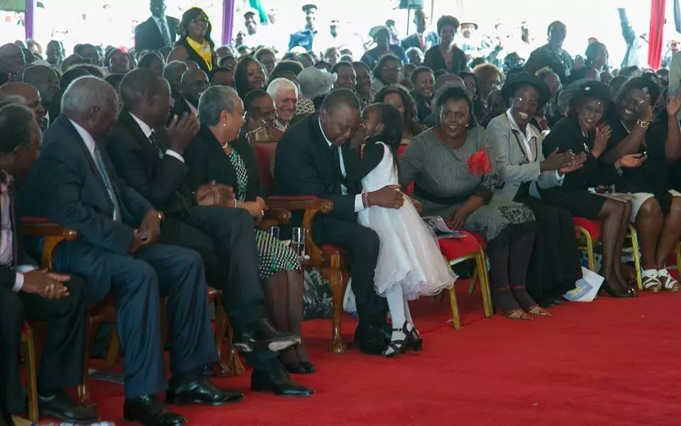 Little girl charms Uhuru at Governor Gachagua's funeral