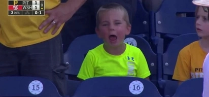 MUST-SEE! Young fan's reactions are the cutest! Captured during an 18-Inning Baseball Game