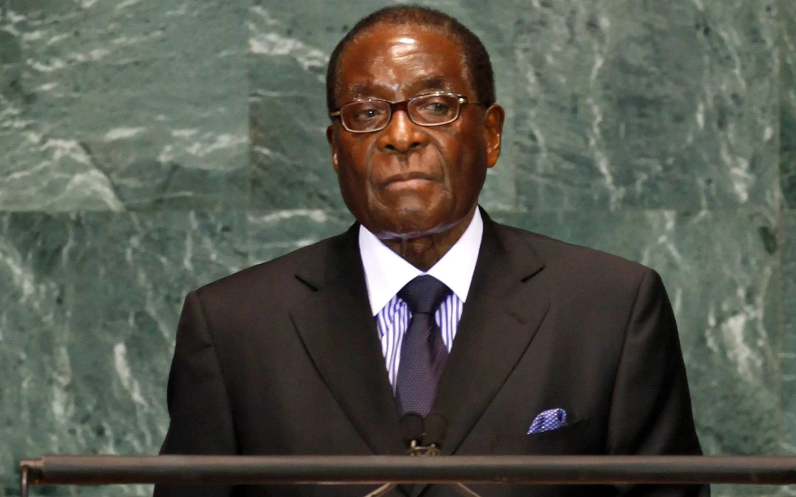 Zuma: Mugabe has been confined to his house but is still fine