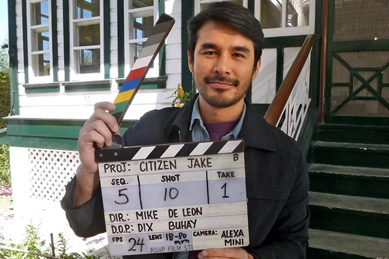 Charming reporter, Atom Araullo to star in a movie. Meet Atom Araullo's character in 'Citizen Jake'