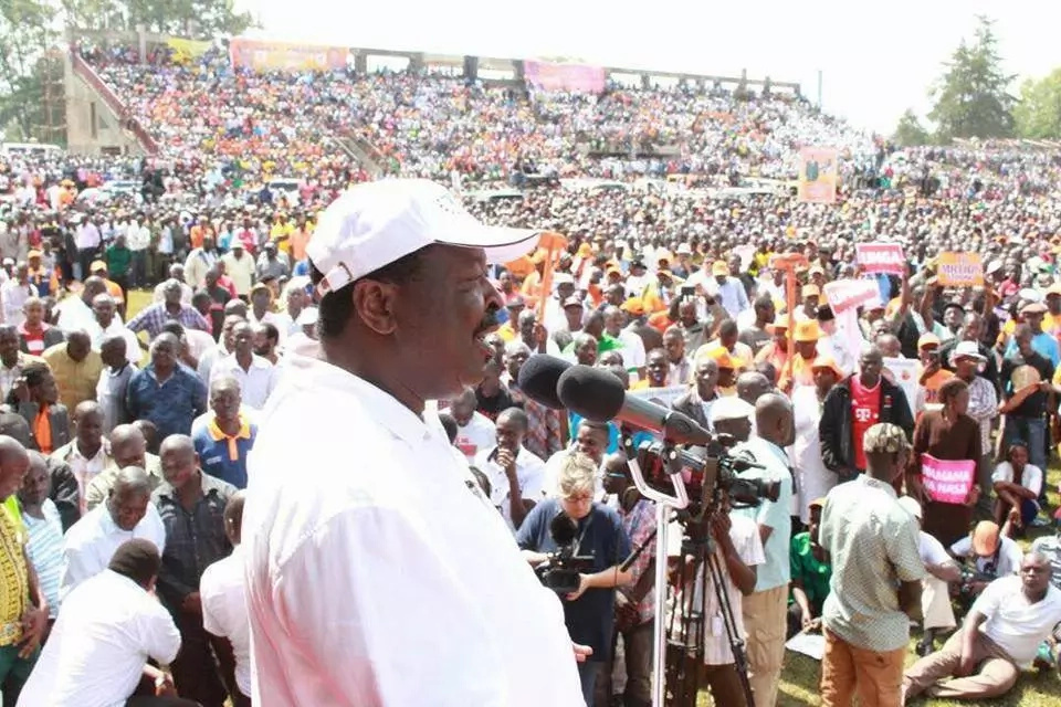 Mudavadi attacks Uhuru, Ruto and asks for their arrest