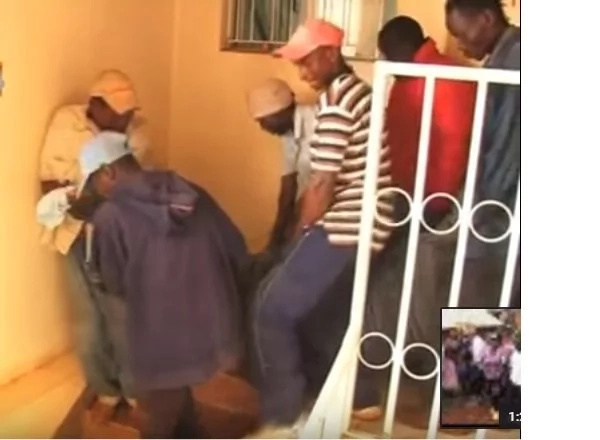 Kisii man finds his wife in bed with his best friend... then the worst happens