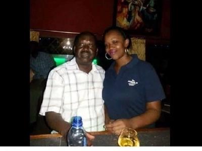 Picha ya Raila katika kilabu baada ya kutangazwa kama mpeperushaji bendera YAANGAZA mitandaoni (picha)