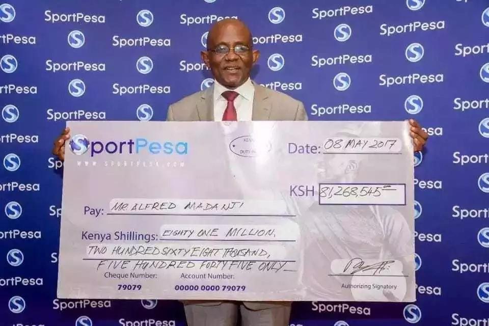 Mshindi wa SportPesa Jackpot alikwenda ATM kuhakikisha yeye ni mshindi kweli