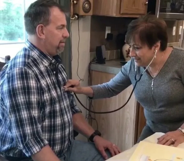Anna Ricks meets Greg Robbins, the recipient of her dead son's heart