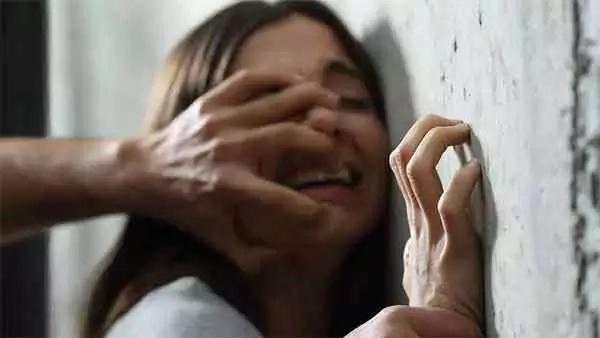 Niña de doce años fue violada por cuatro hombres