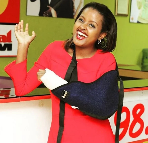 Capital FM's Amina Abdi returns with broken arm, says she had an accident