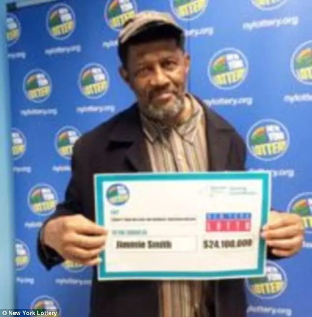 Forget about Abisai's Ksh 200m windfall! Man bags staggering Ksh 2.48 billion lottery jackpot prize
