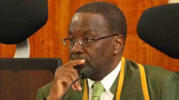 Mwanahabari Larry Madowo akabiliana vikali na aliyekuwa jaji mkuu Willy Mutunga