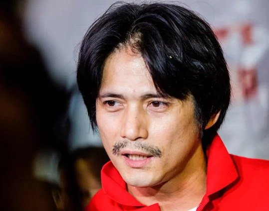 Robin Padilla tells celebrity drug dealers to give up