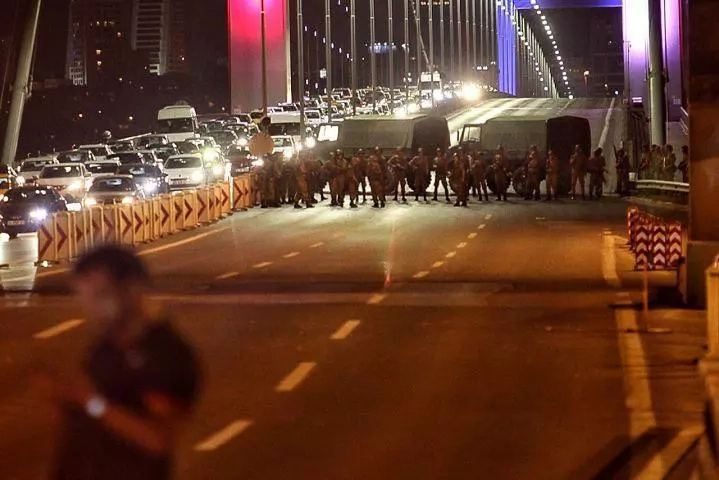Tension high in Turkey after military coup is reported