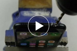 iPhone7 hack gone wrong! Netizens accidentally destroy their phones after following this hack video