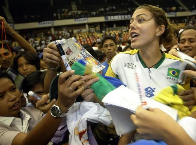 Volleyball superstar Leila Barros to return to Manila