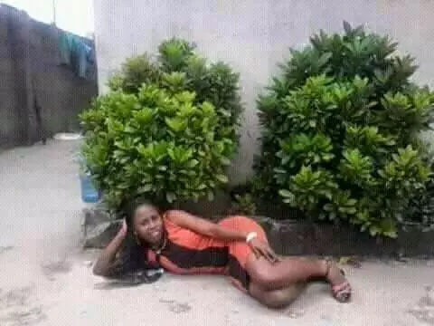 6 totally hillarious poses Kenyans do for photos