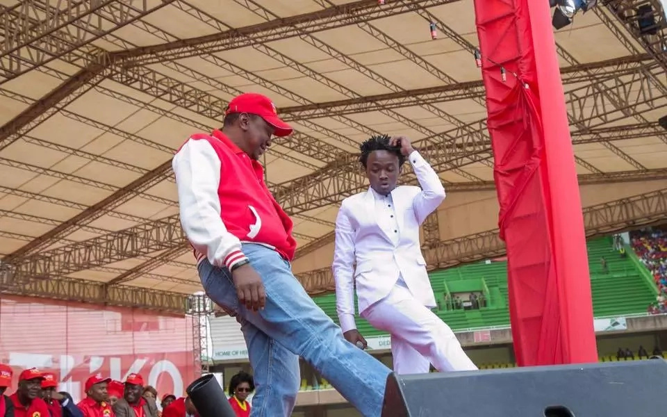 Who danced better with Bahati? Uhuru or Raila Odinga