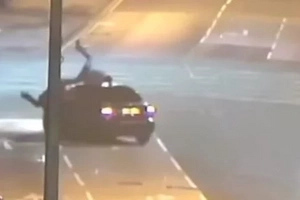 Driver Deliberately Knocks Down Pedestrians