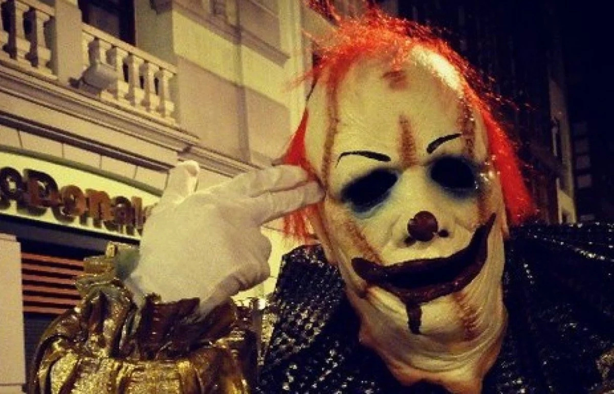 Killer Clowns Cause US Stores To Stop Selling Creepy Clown Masks