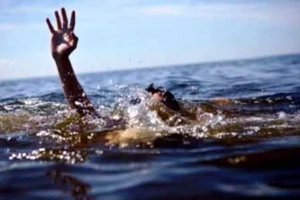 Young woman drowns in river in failed SELFIE attempt